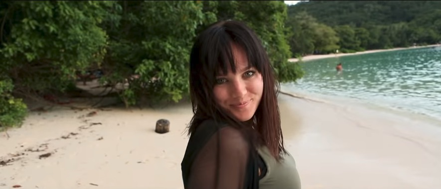 Ewa Farna své první těhotenství tajila dlouhé měsíce! Oznámila ho až prostřednictvím svatebního videoklipu