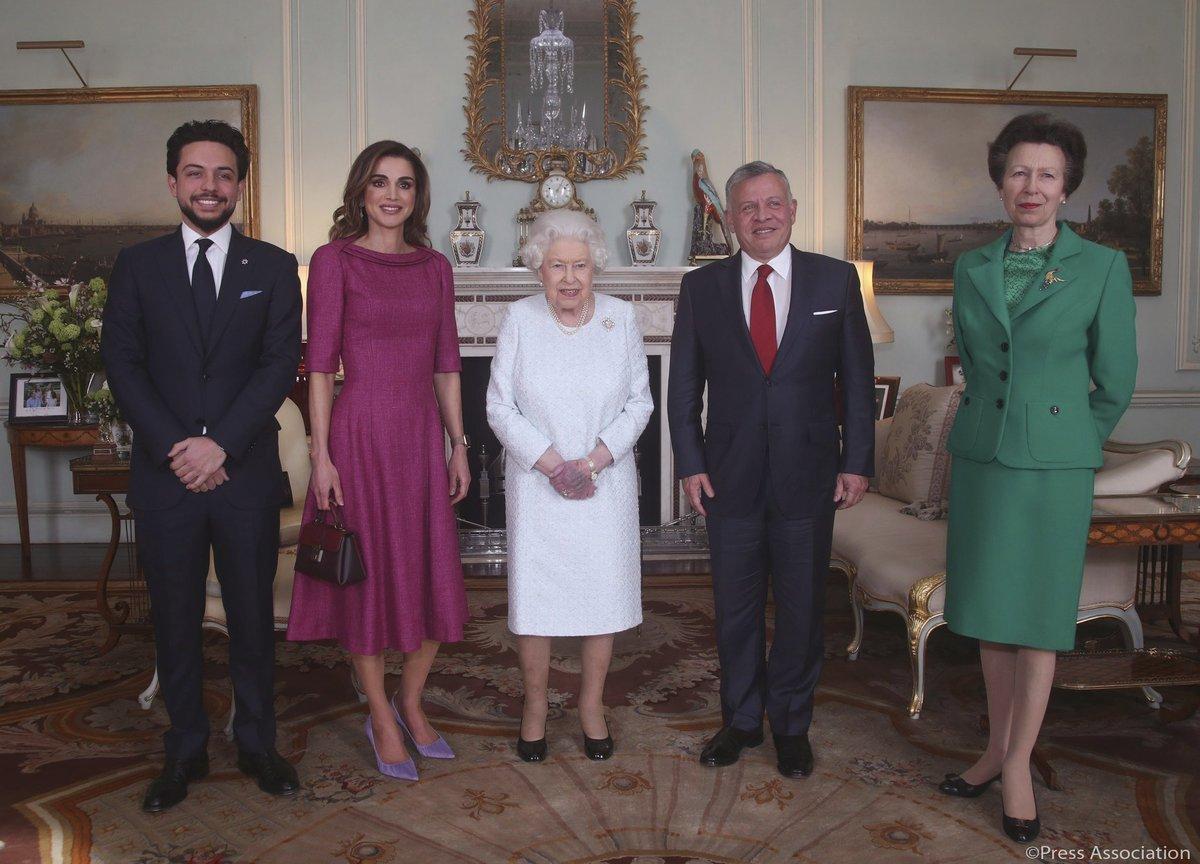 Oficiální fotografie ze schůzky s jordánským královským párem, kterou královský palác sdílel na svém Twitteru