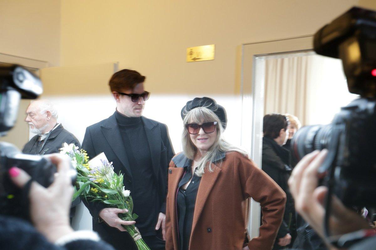 Pohřeb Jiřího Pechy: Chantal Poullain se synem Vladimírem Polívkou