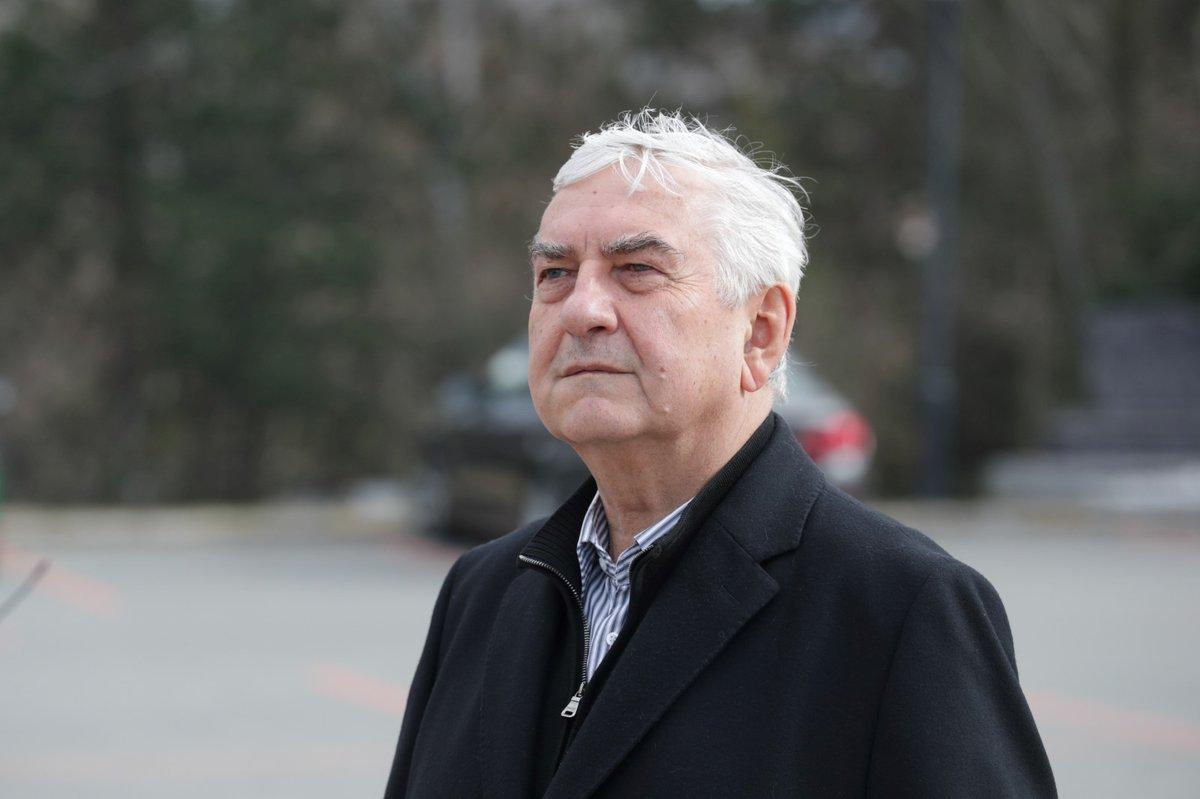 Pohřeb Jiřího Pechy: Miroslav Donutil