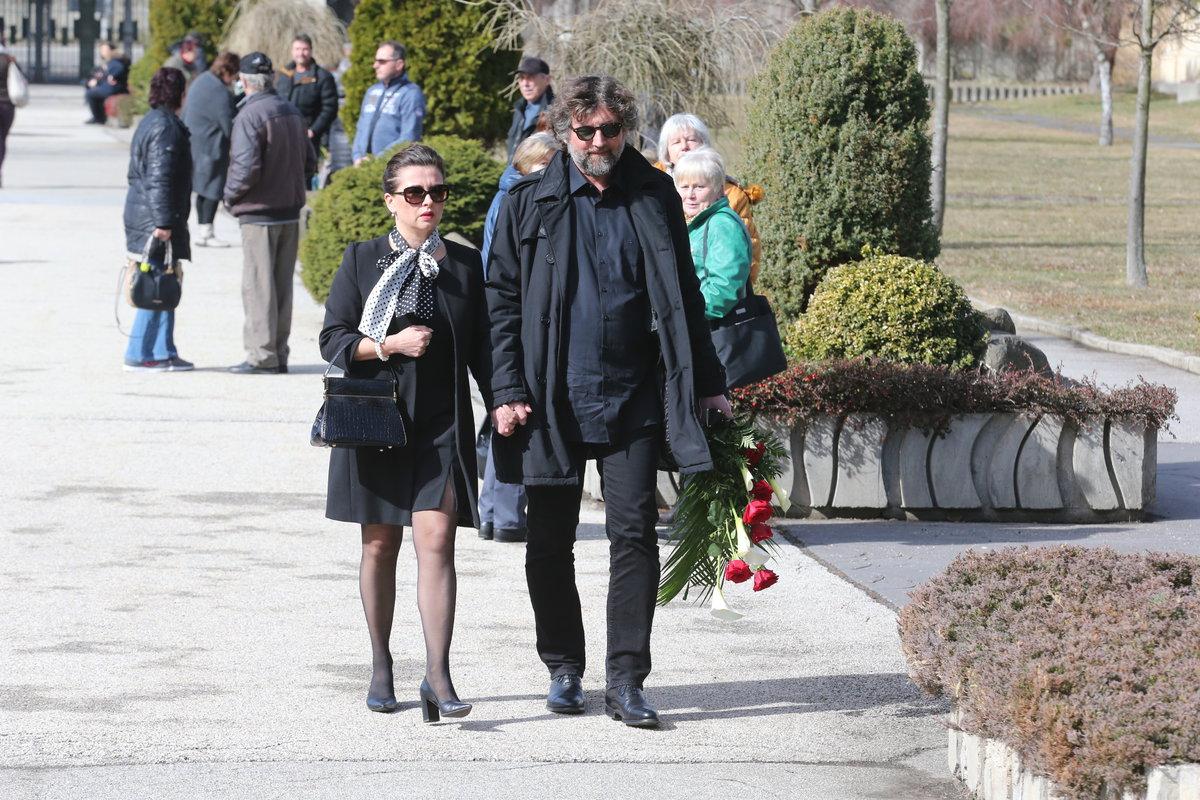 Pohřeb Jiřího Pomeje: Dana Morávková a Petr Malásek