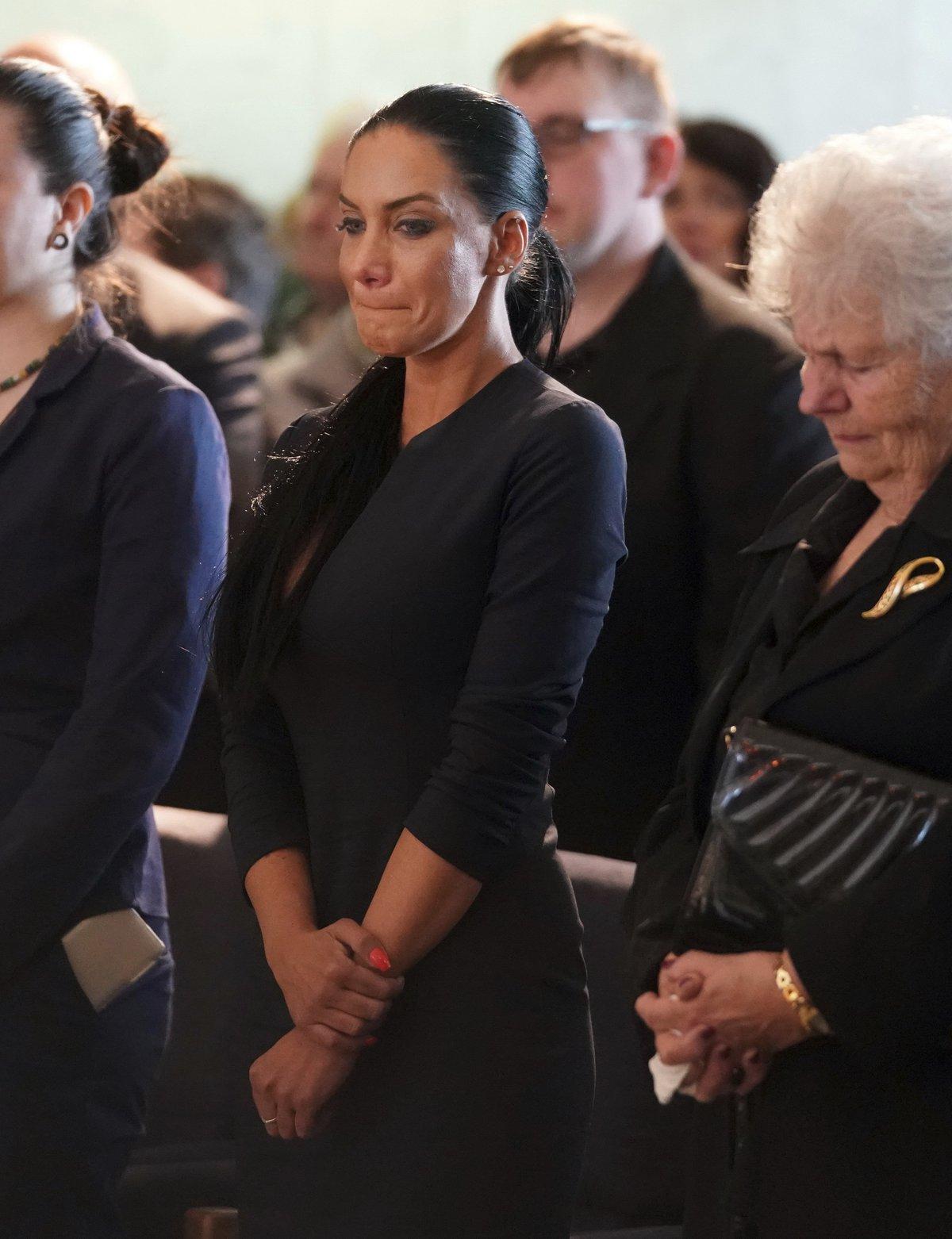 Pohřeb Jiřího Pomeje: Vdova Andrea Pomeje