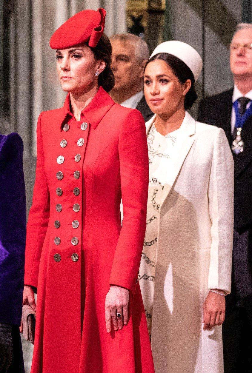 Vévodkyně Meghan s vévodkyní Kate.