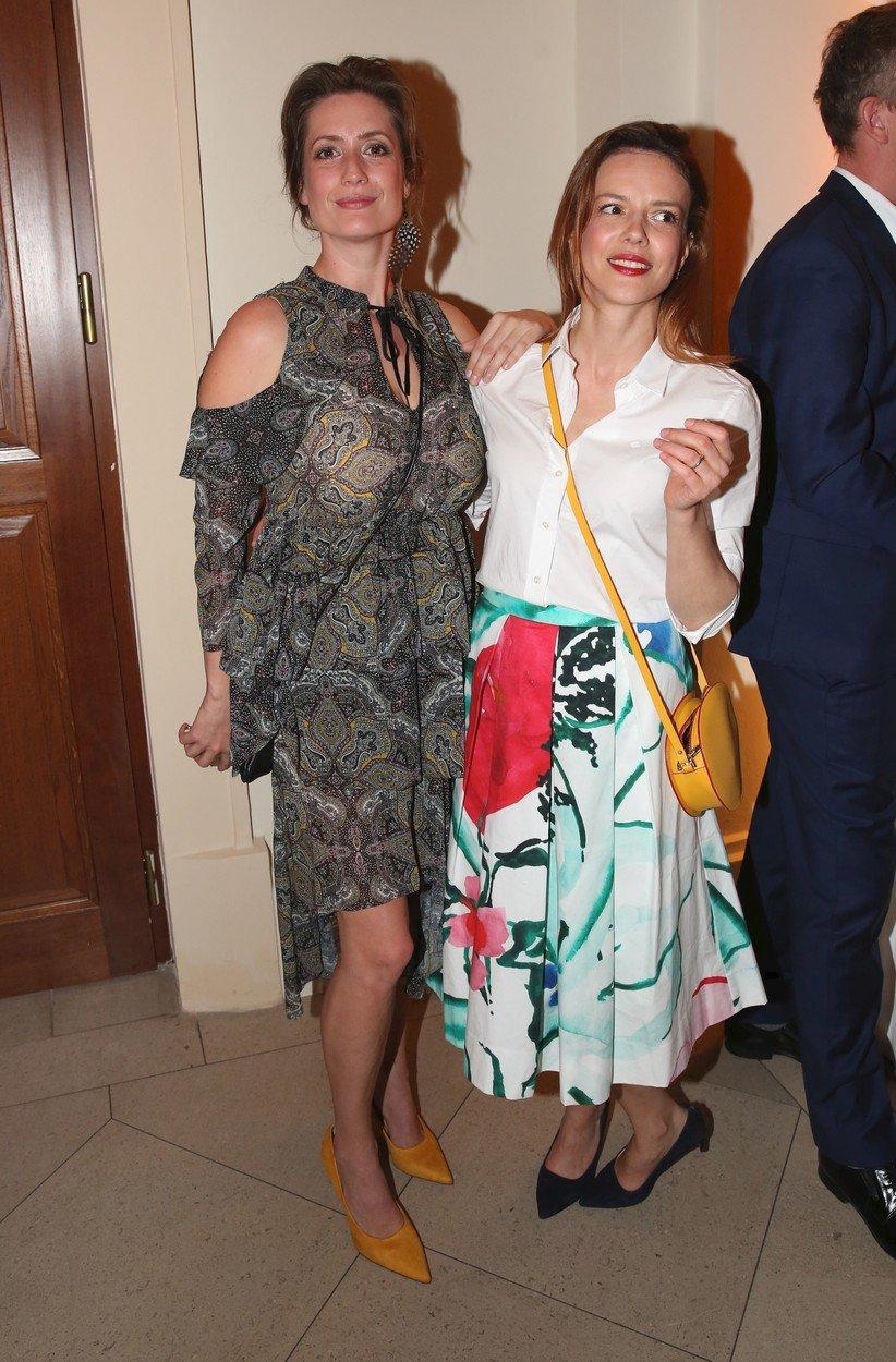 Andrea Kerestešová a Lenka Zahradnická se vyrazily bavit do společnosti