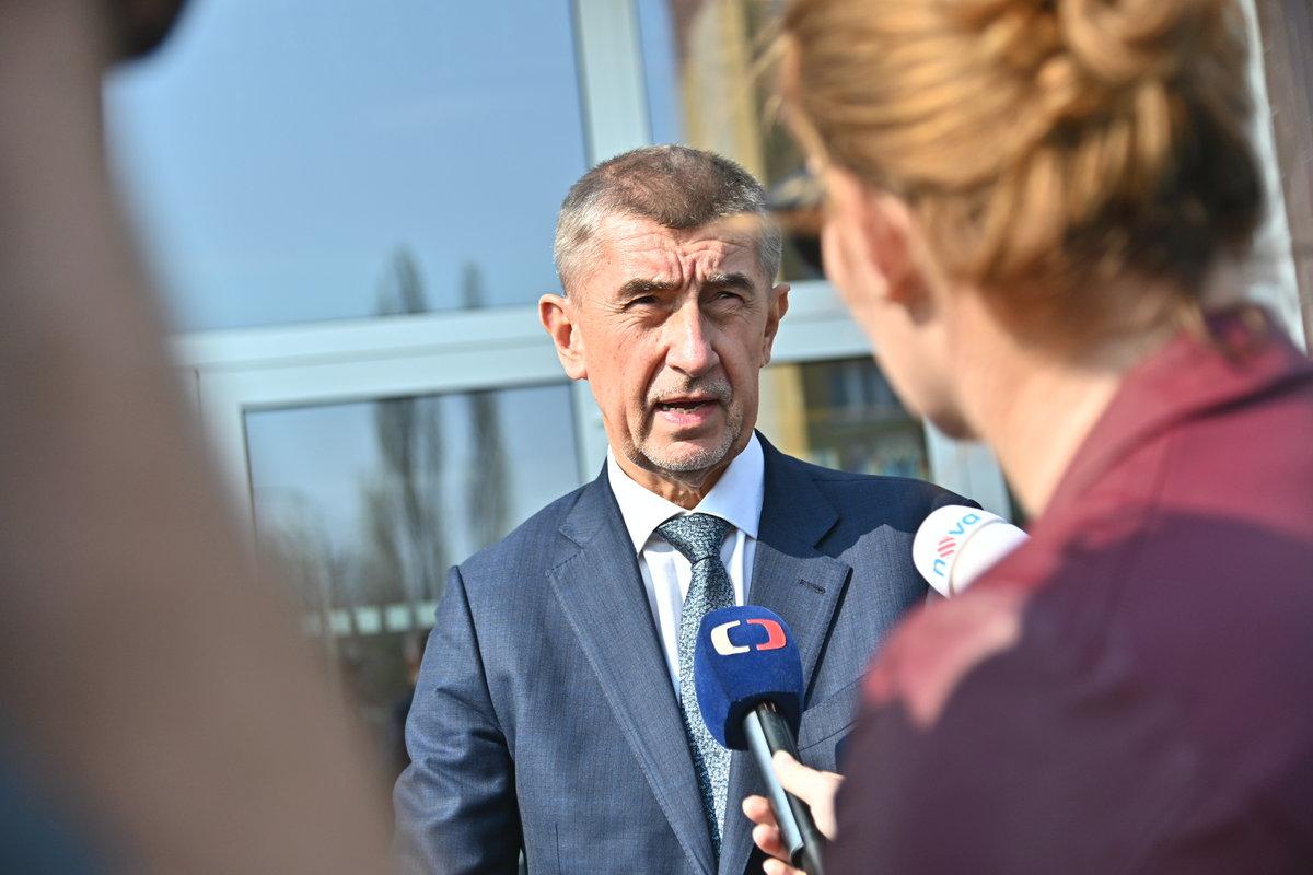 Premiér Babiš navštívil spolu s ministryní pro místní rozvoj Dostálovou Most