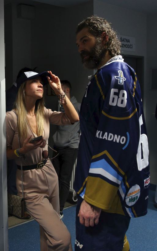 Jaromír Jágr v rozhovoru se svojí přítelkyní Veronikou Kopřivovou