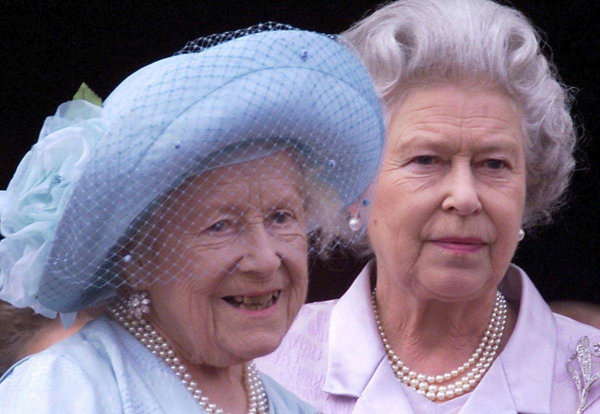 Alžběta II. a královna matka.