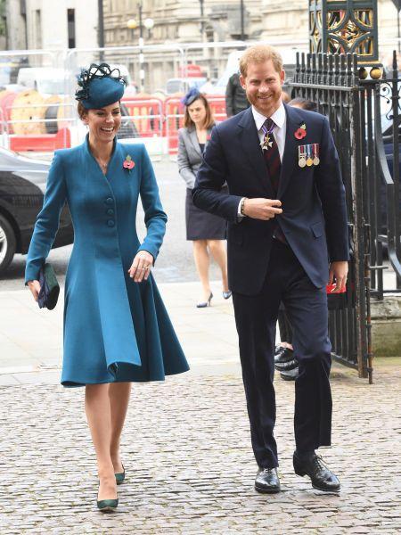 Princ Harry a vévodkyně Kate.