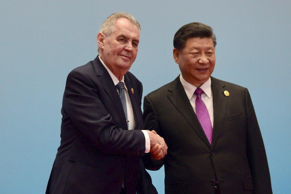 Český prezident Miloš Zeman se svým čínským protějškem Si Ťin-pchingem (27. 4. 2019)