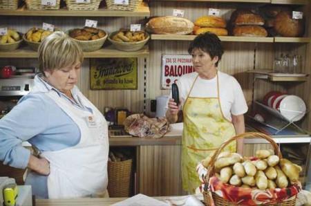 Zajedno s herečkou je i její kolegyně ze seriálu Zdena Hadrbolcová.