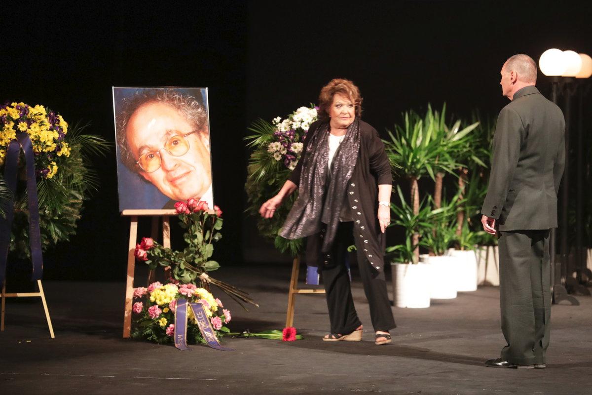 Poslední rozloučení v Divadle na Vinohradech