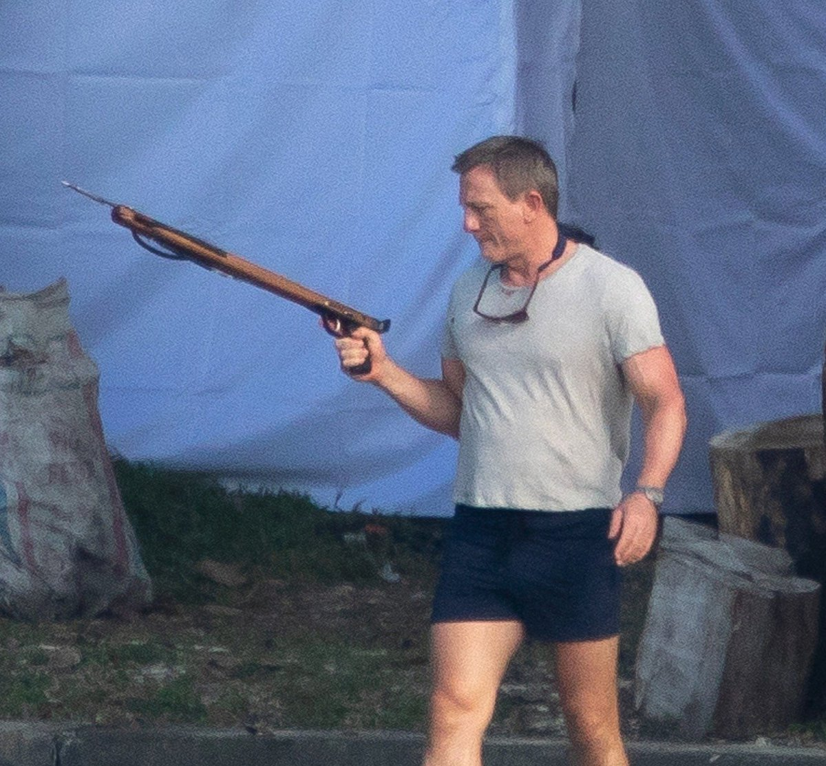 S harpunou to Daniel Craig umí.