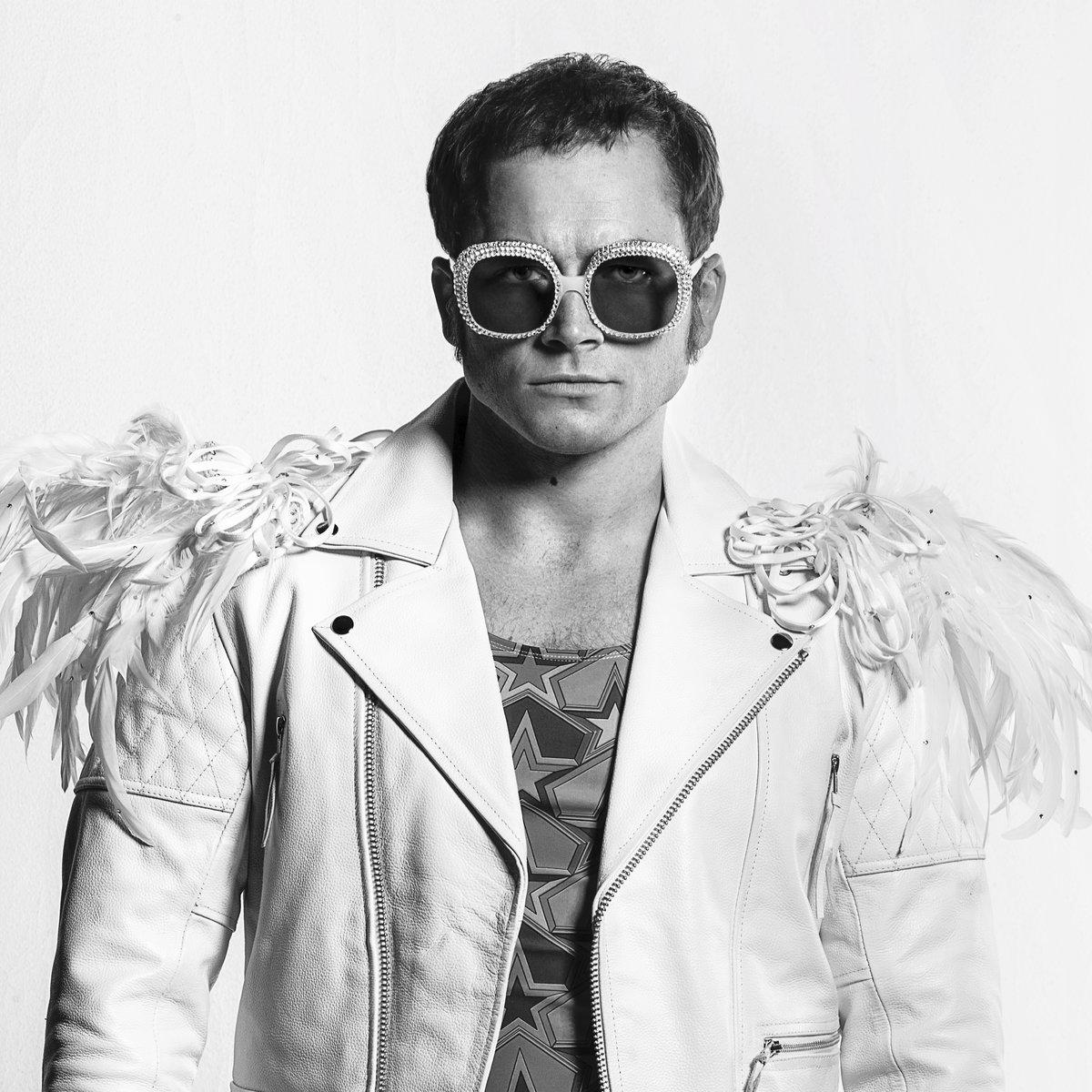 Film Rocketman. Předposlední květnový den vstoupí do kin fantasy muzikál inspirovaný životem Eltona Johna