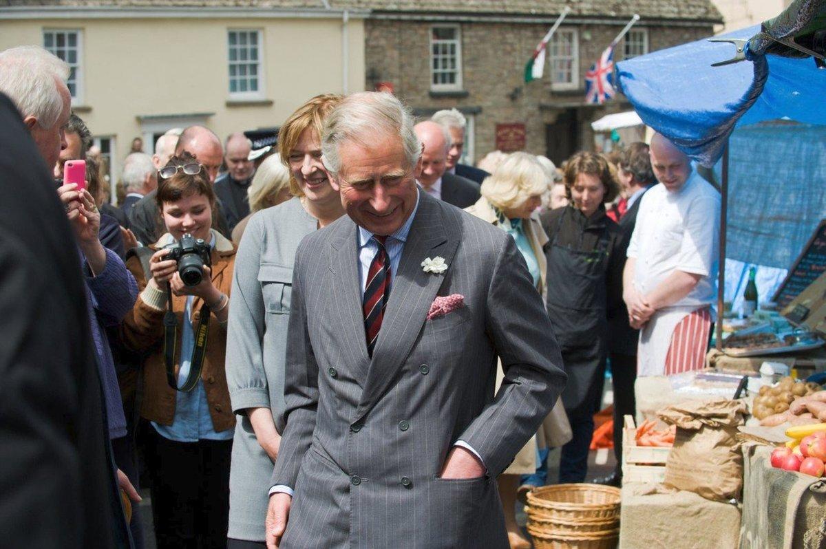 Princ Charles je korunním princem britské monarchie a zároveň nejdéle čekajícím dědicem trůnu v historii