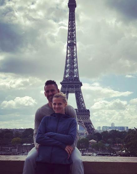 Lucie Šafářová zveřejnila romantický snímek z Paříže.