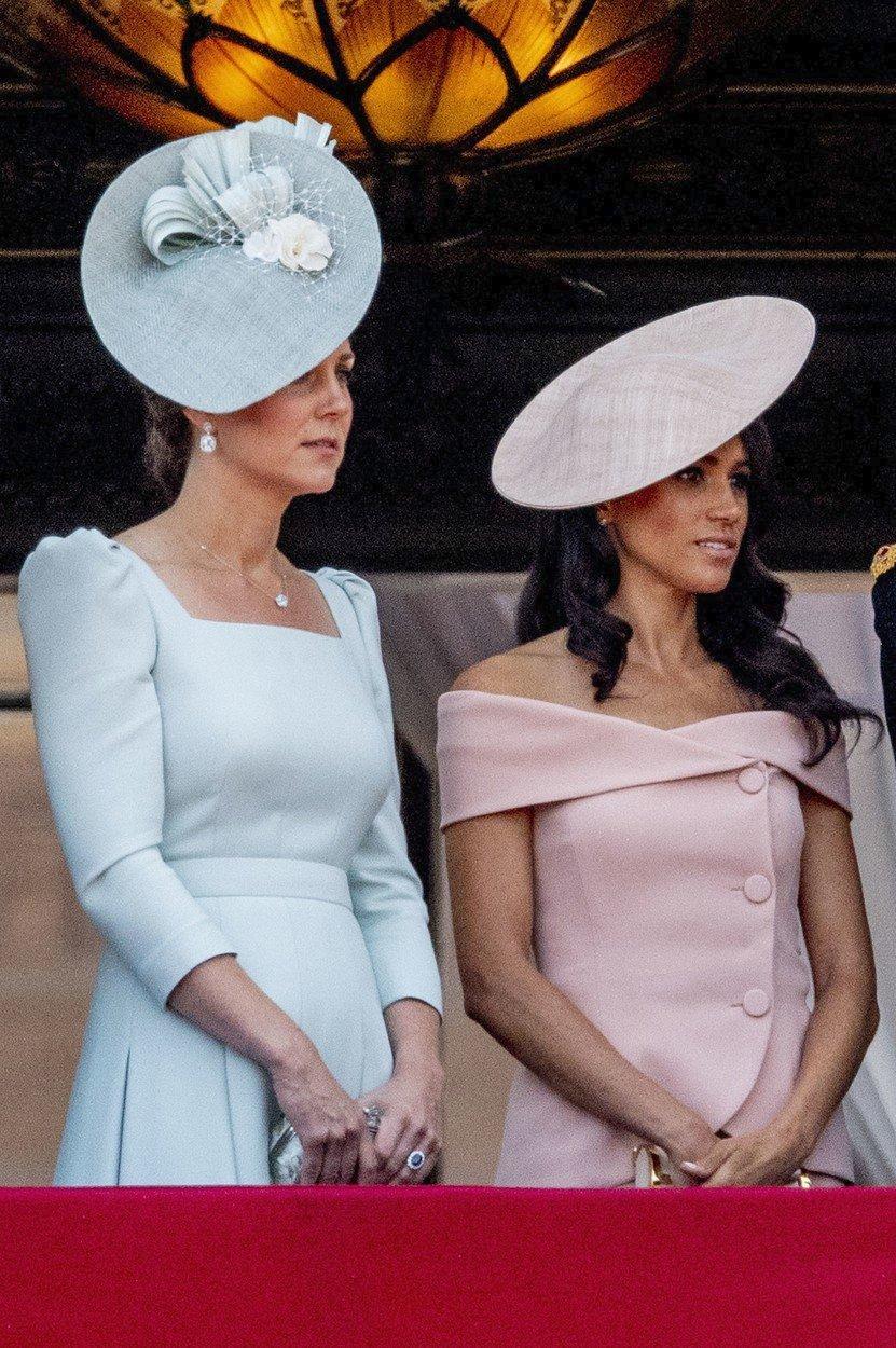 Vévodkyně Kate a vévodkyně Meghan poprvé spolu na Trooping the Colour