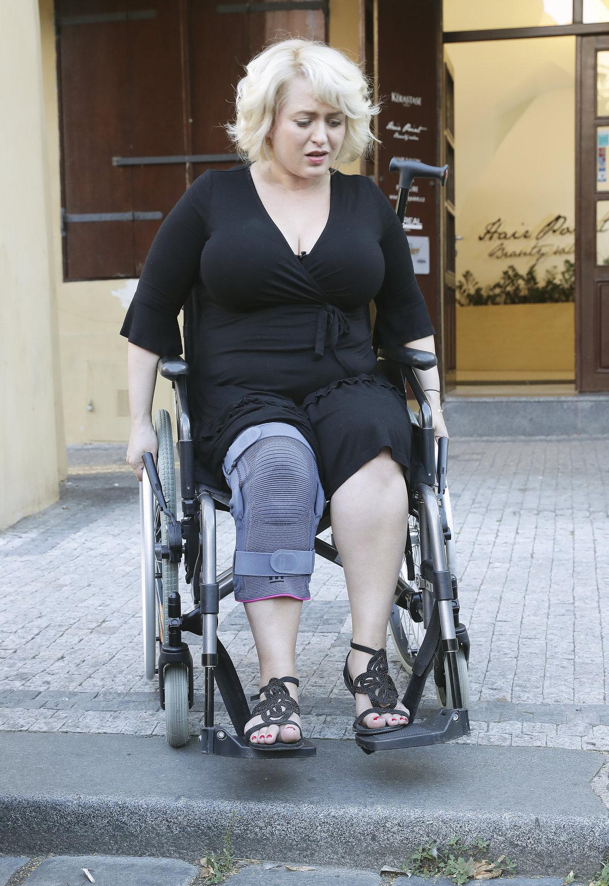 Největším problémem jsou pro Bittnerovou špatně sjízdné chodníky pro vozíčkáře.