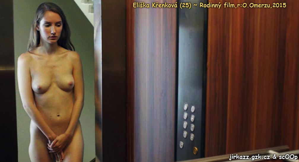 Detailní záběry na prsa musela strpět v Rodinném filmu.