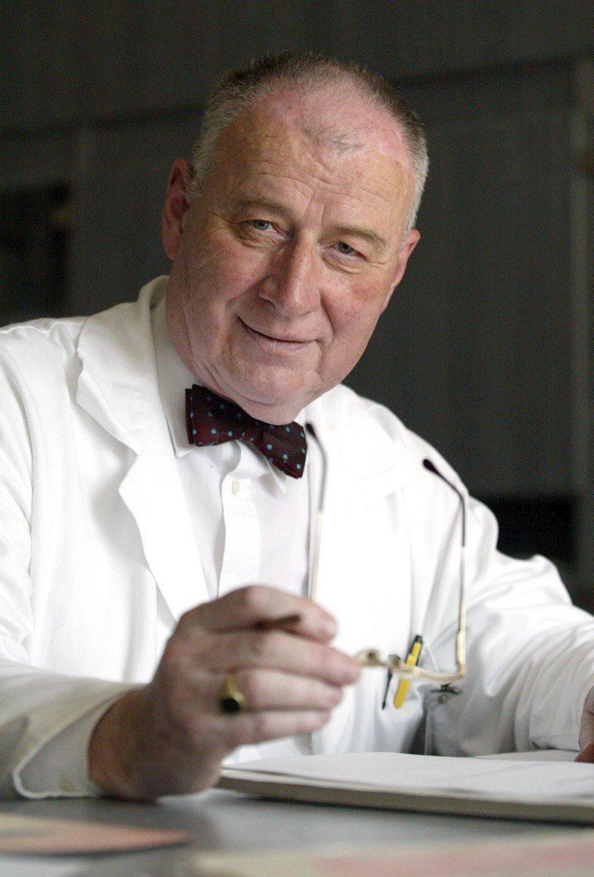 Profesor Josef Koutecký na archivním snímku.