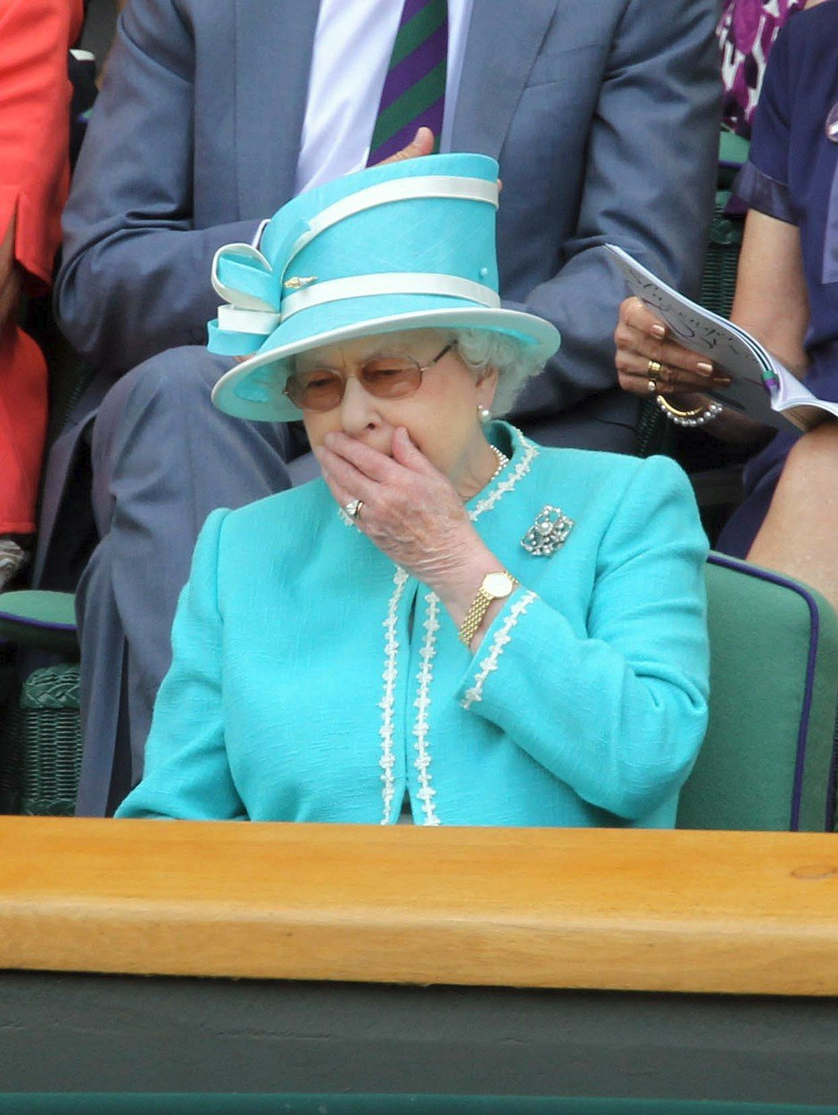 Královna Alžběta II.na Wimbledonu