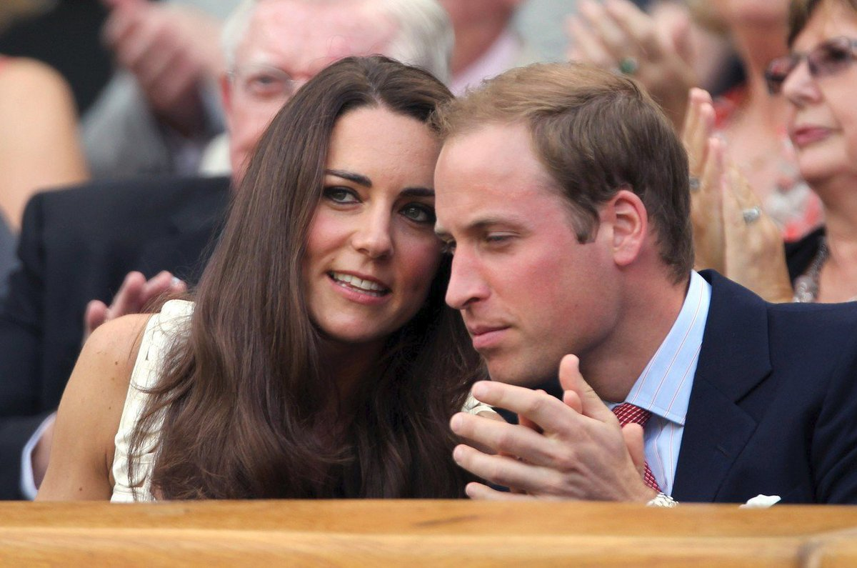 Kate a William v roce 2011 na Wimbledonu