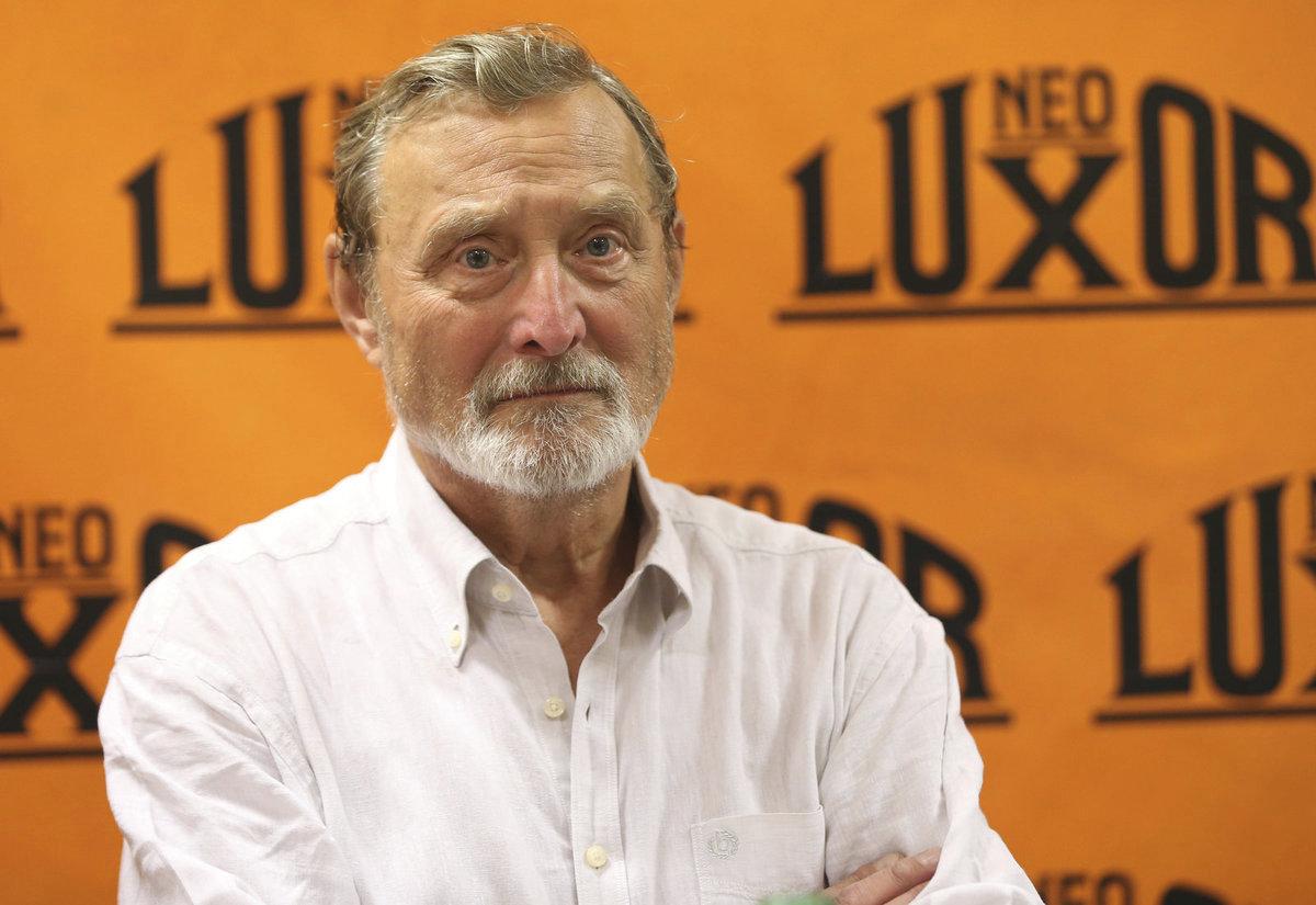 Ladislav FrejFrej (77)