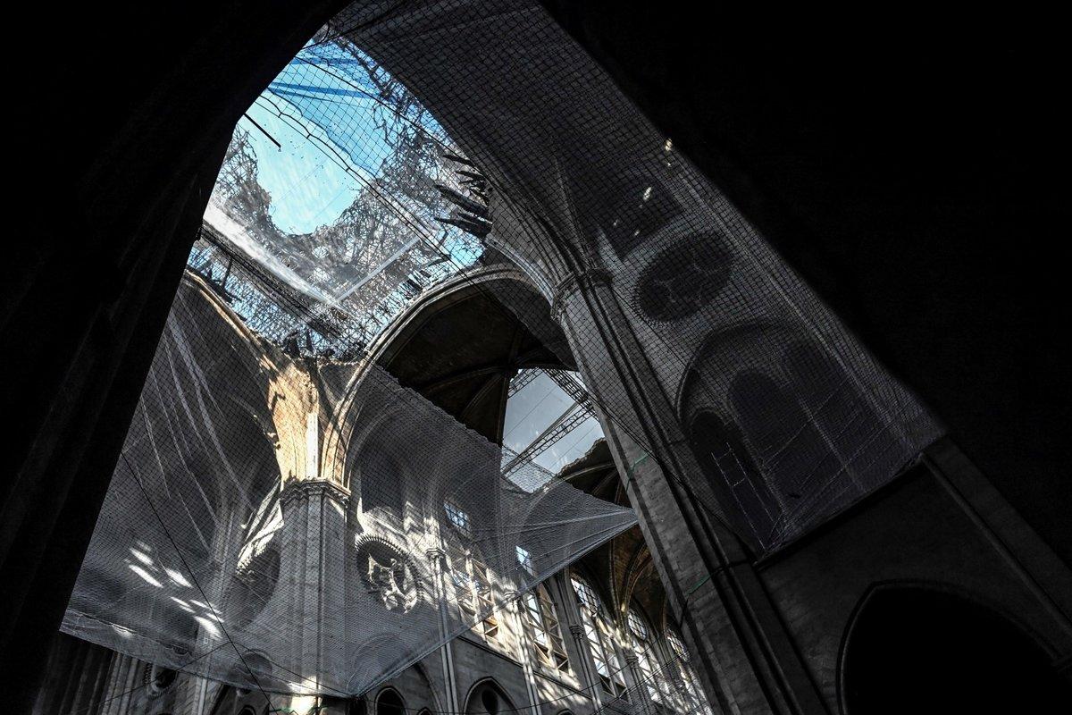 Notre-Dame tři měsíce po ničivém požáru