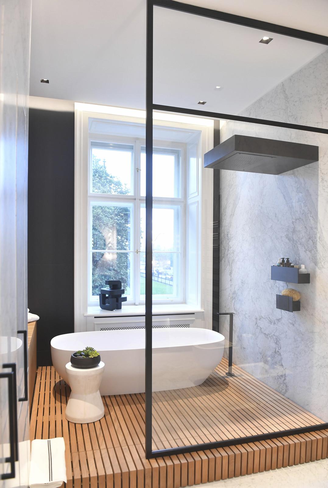 O design interiéru se postarala italská architektka, která Petru Nedvědovi pomáhala už dříve