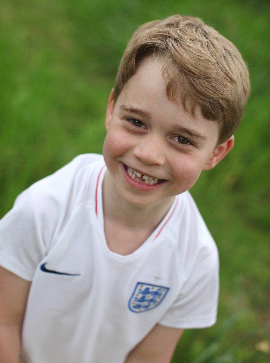 Nové snímky prince George pořídila vévodkyně Kate