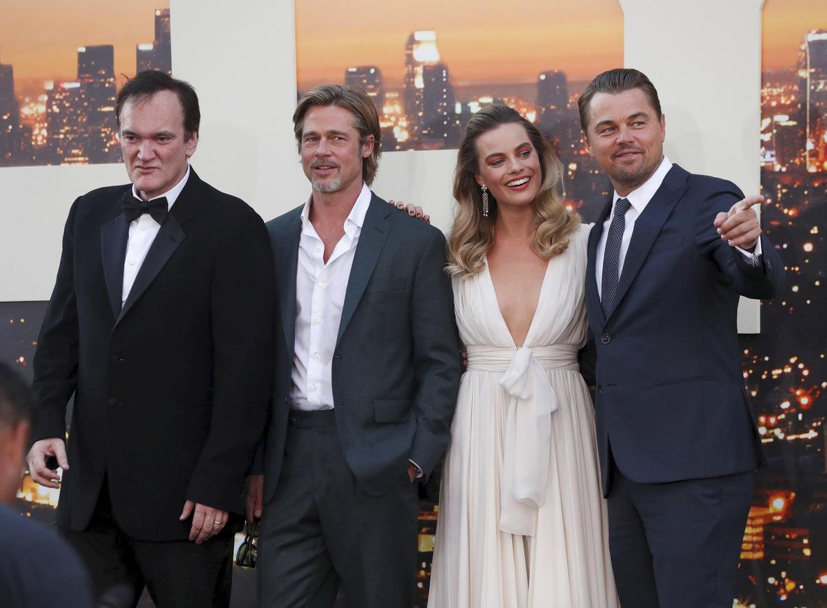 Premiéru filmu Quentina Tarantina s názvem Tenkrát v Hollywoodu si nenechala ujít řada globálních celebrit zvučných jmen!