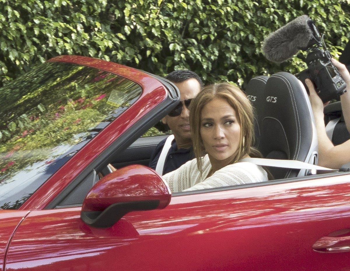 Jennifer Lopez dostala od snoubence luxusní vůz