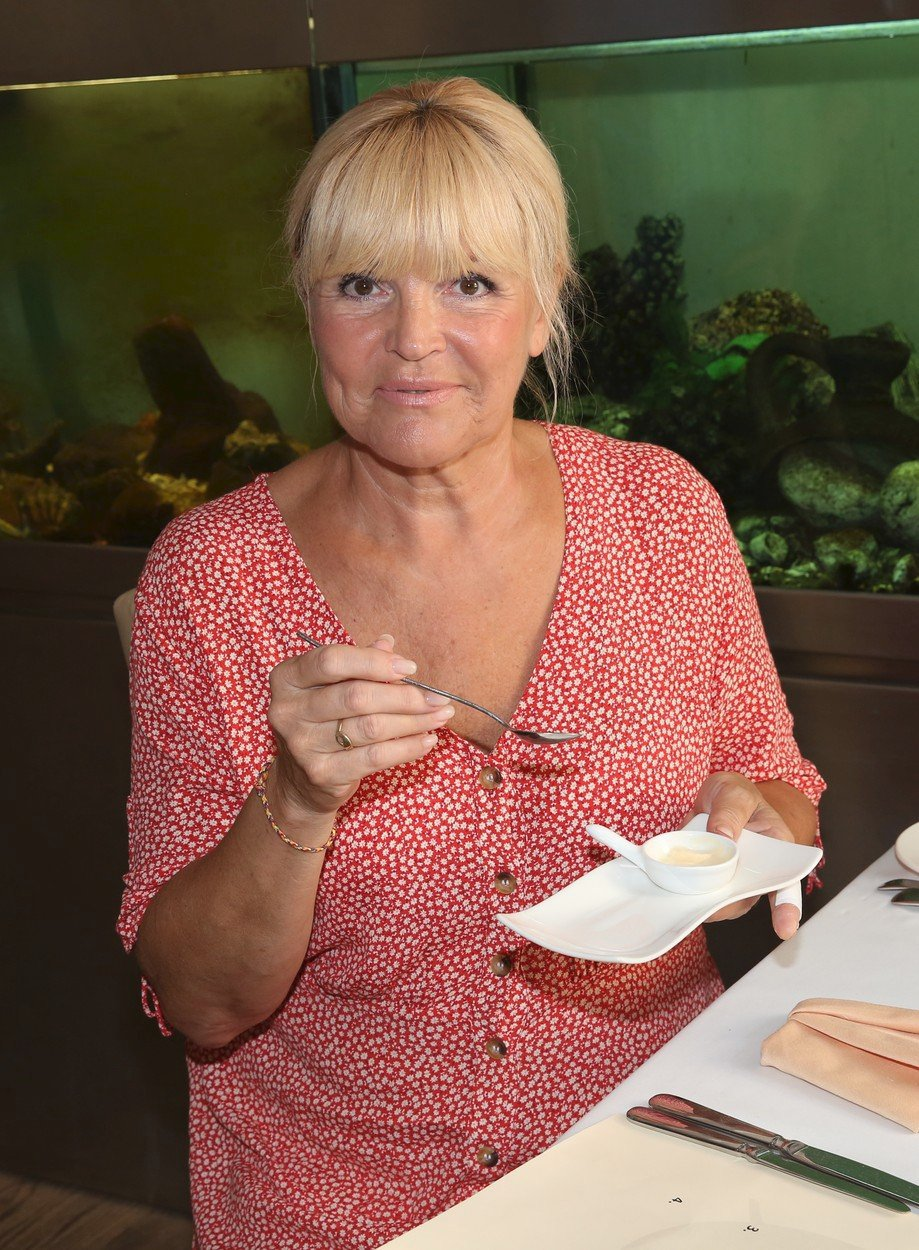 Věra Martinová si pochutnávala na francouzských specialitách