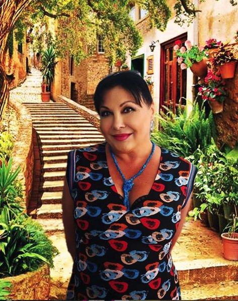 Dáda Patrasová na fotomontážích s Itálií