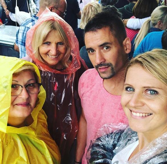 Tomáš Plekanec s jeho Lucií, maminkou a možná budoucí tchyní.