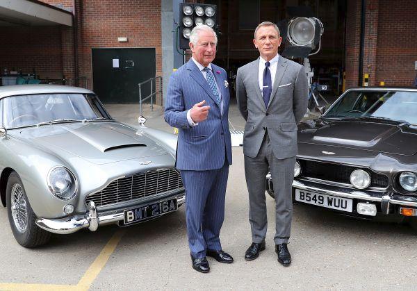 Daniel Craig předvedl princovi Bondova fára.