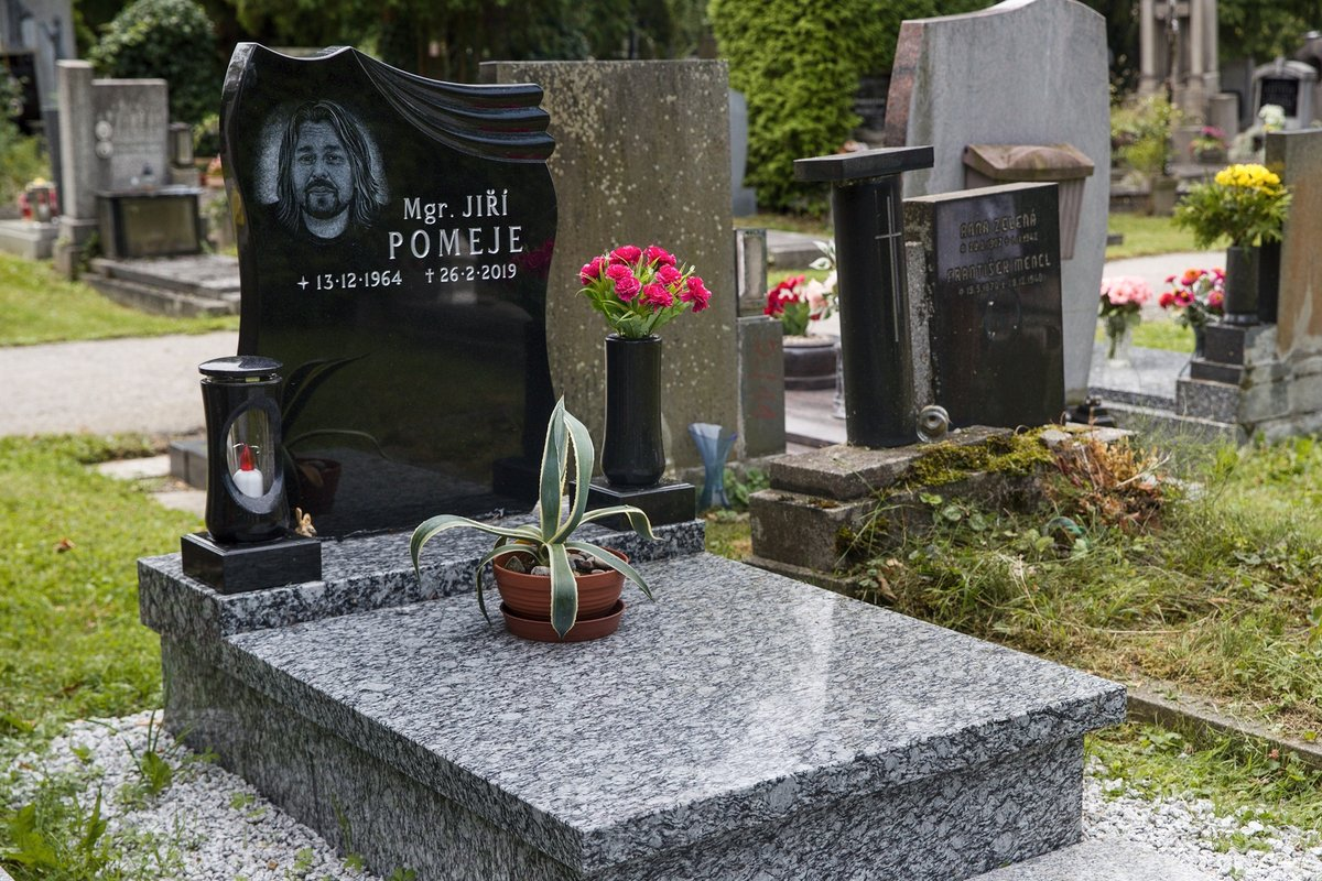 Hrob Jiří Pomeje