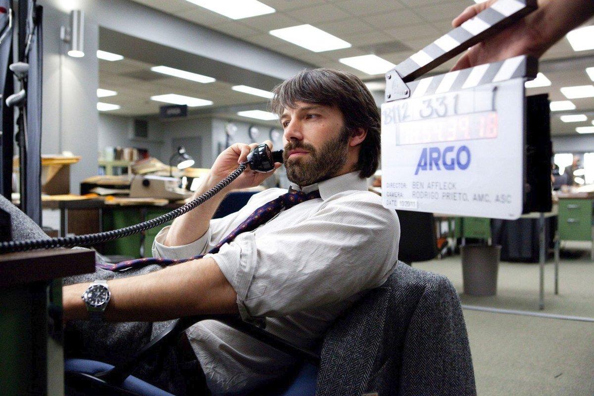 Film Argo znamenal pro Afflecka skutečnou slávu. Režíroval ho a film získal nejen Zlatý glóbus, ale i dva Oscary.