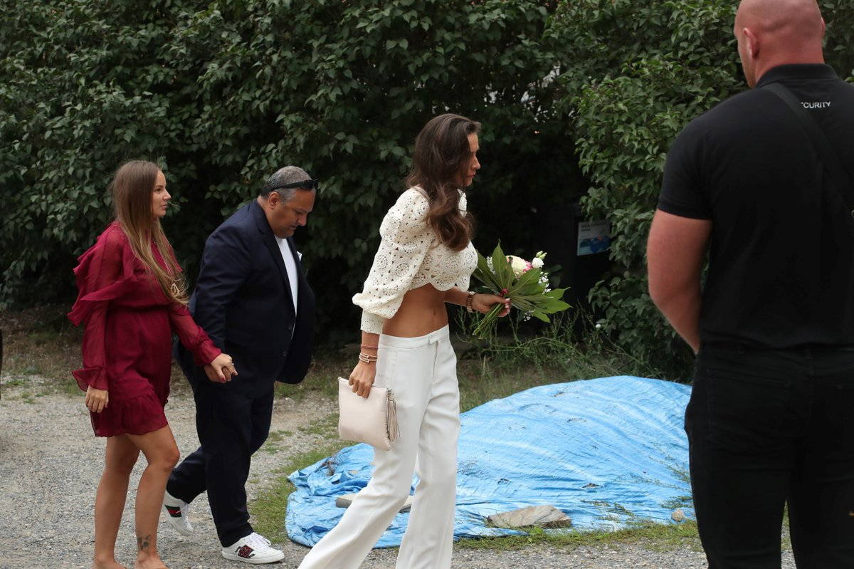 Svatba Libora Boučka: Patrik Hezucký s těhotnou manželkou