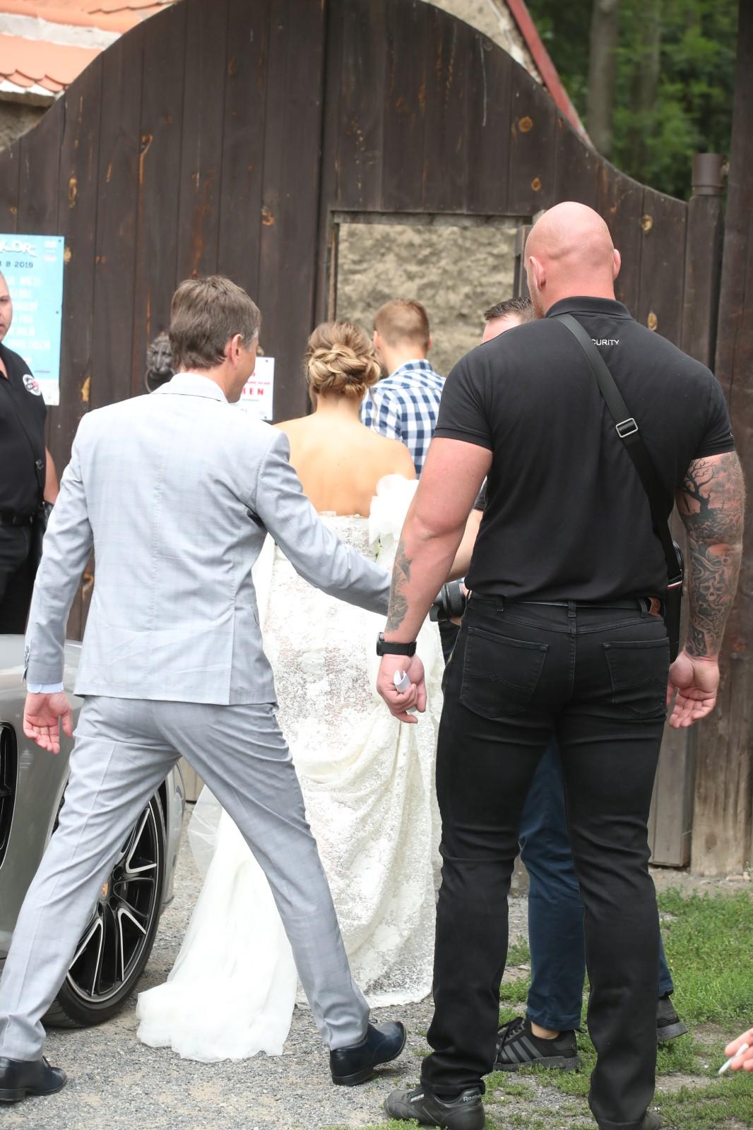 Svatba Libora Boučka: Nevěsta přijíždí