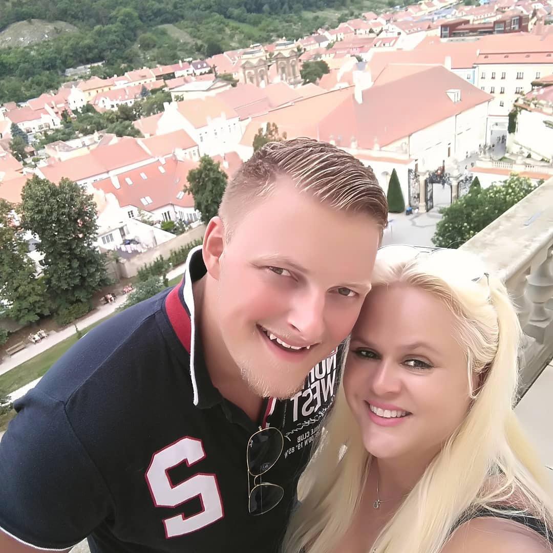 Monika s Petrem na výletě v Mikulově