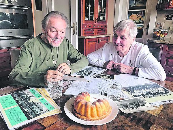 Kvůli psaní knihy se na jaře na Bertramce sešel se svojí ruštinářkou ze základní školy Jitkou Pavlíčkovou.