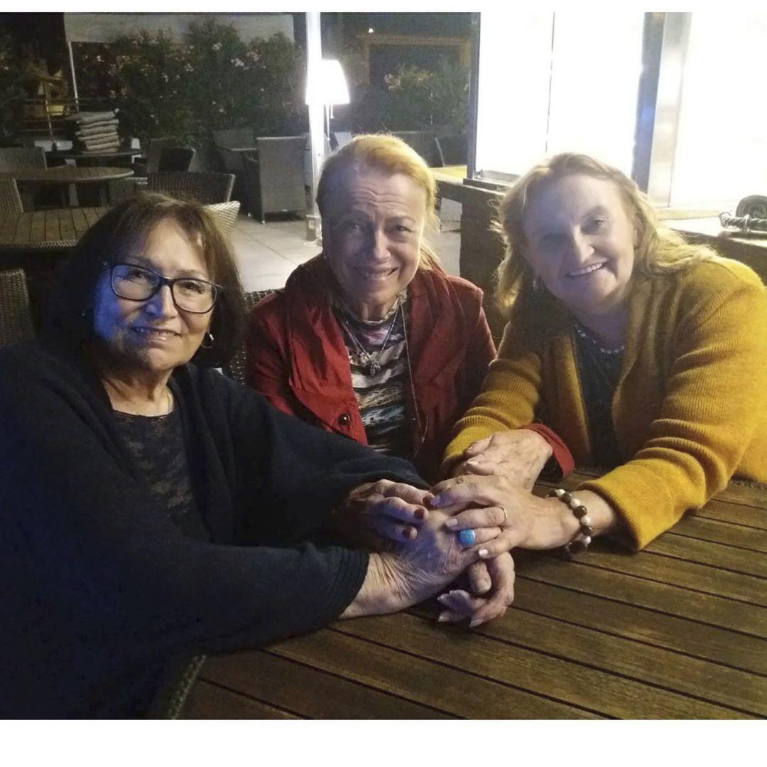 """Eva Holubová a její dvě """"hrdinky"""", Marta Kubišová a Iva Janžurová"""