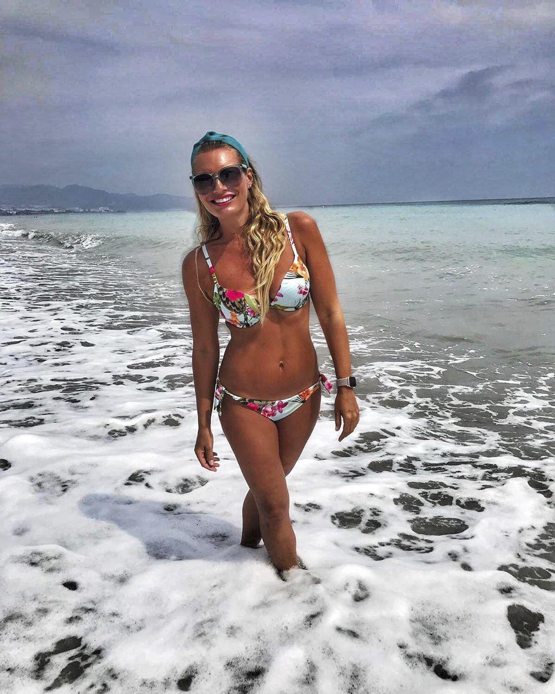 Konec léta si Borhyová užívala opět u moře!
