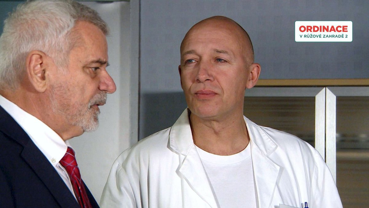 Jako doktor Mára v seriálové Ordinaci.