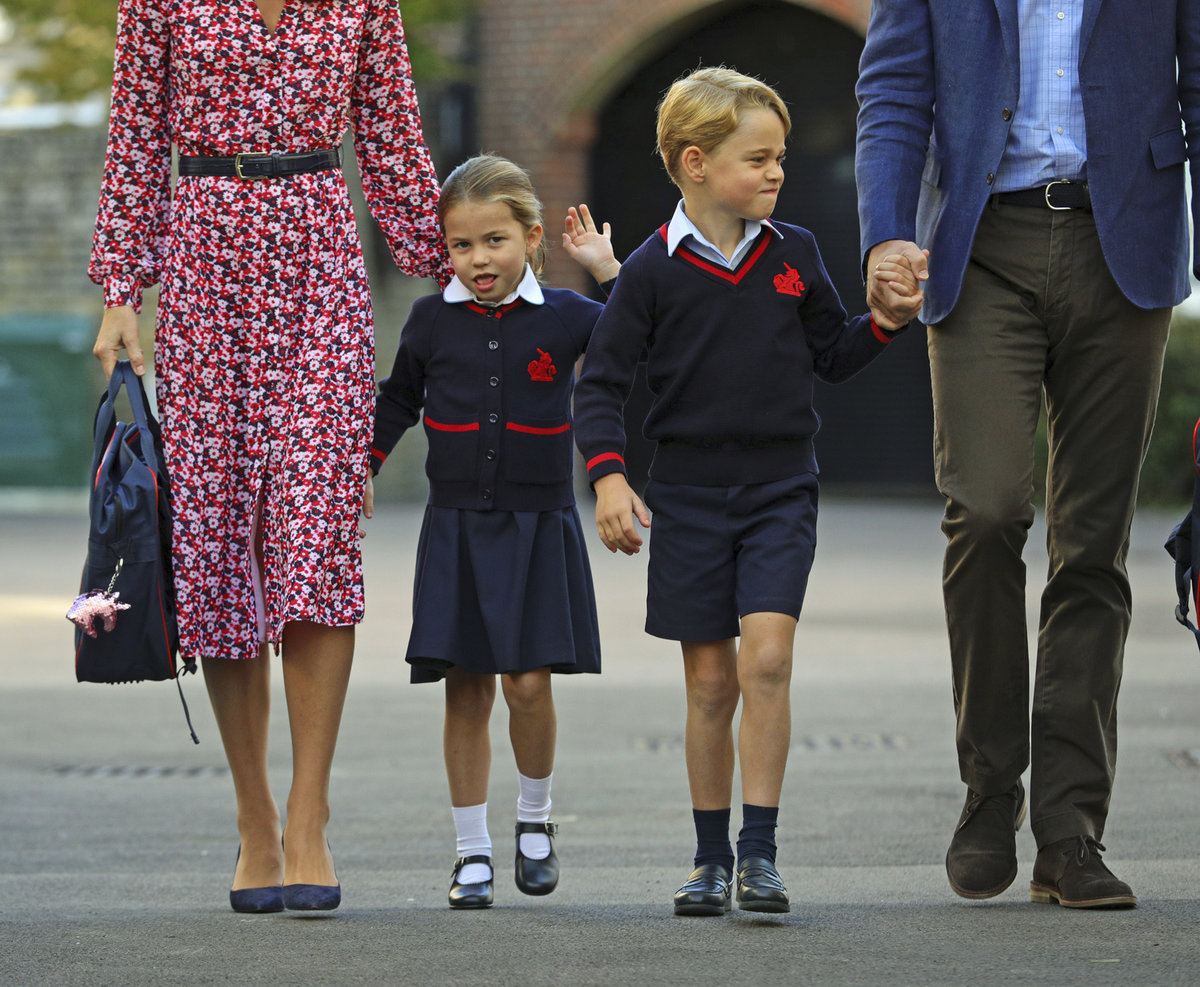Princezna Charlotte nastoupila do školy.