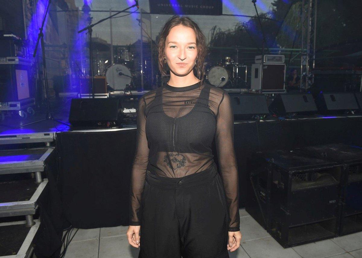 Těhotná Berenika Kohoutová