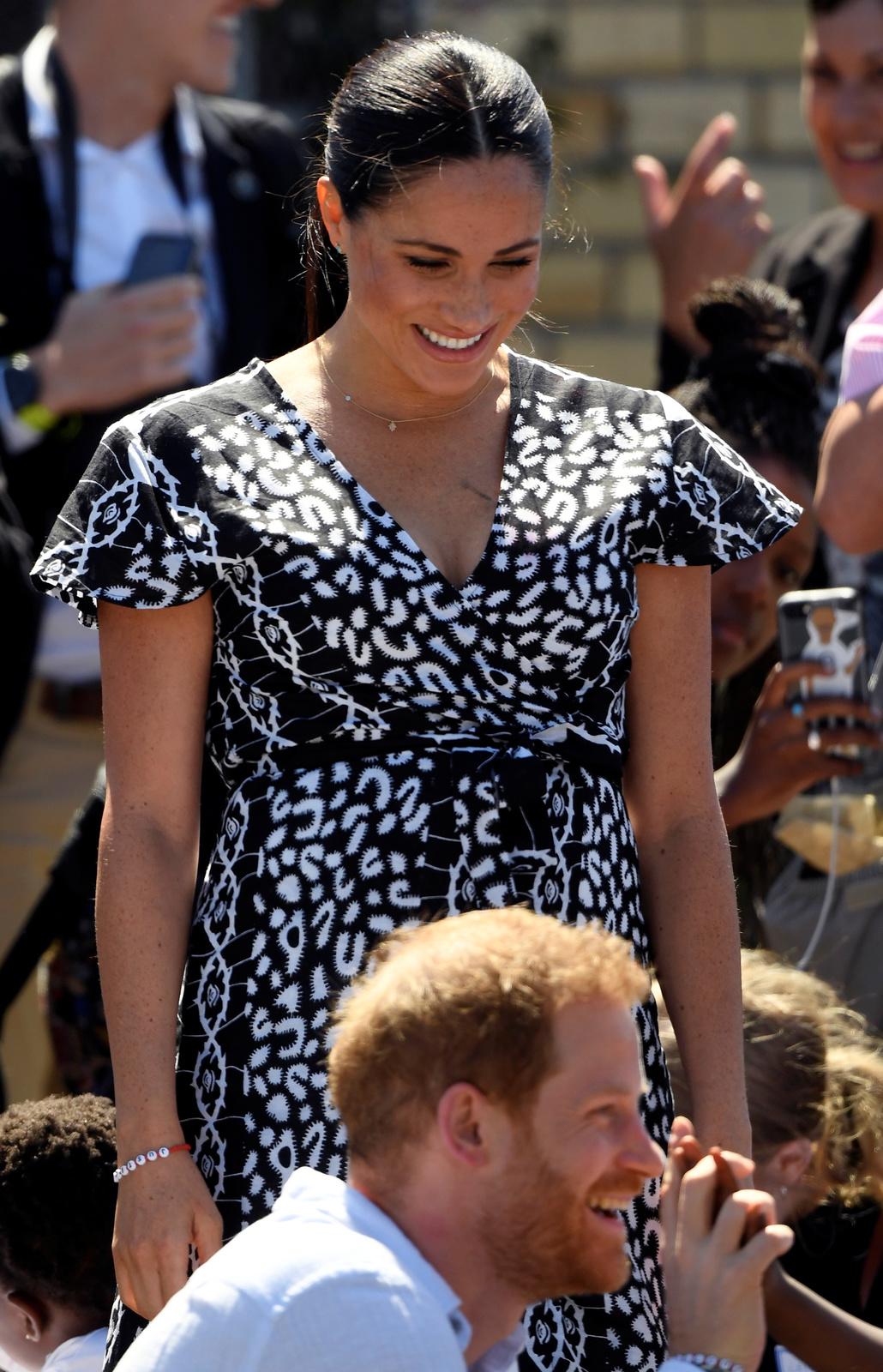 Princ Harry a vévodkyně Meghan na oficiální návštěvě Afriky