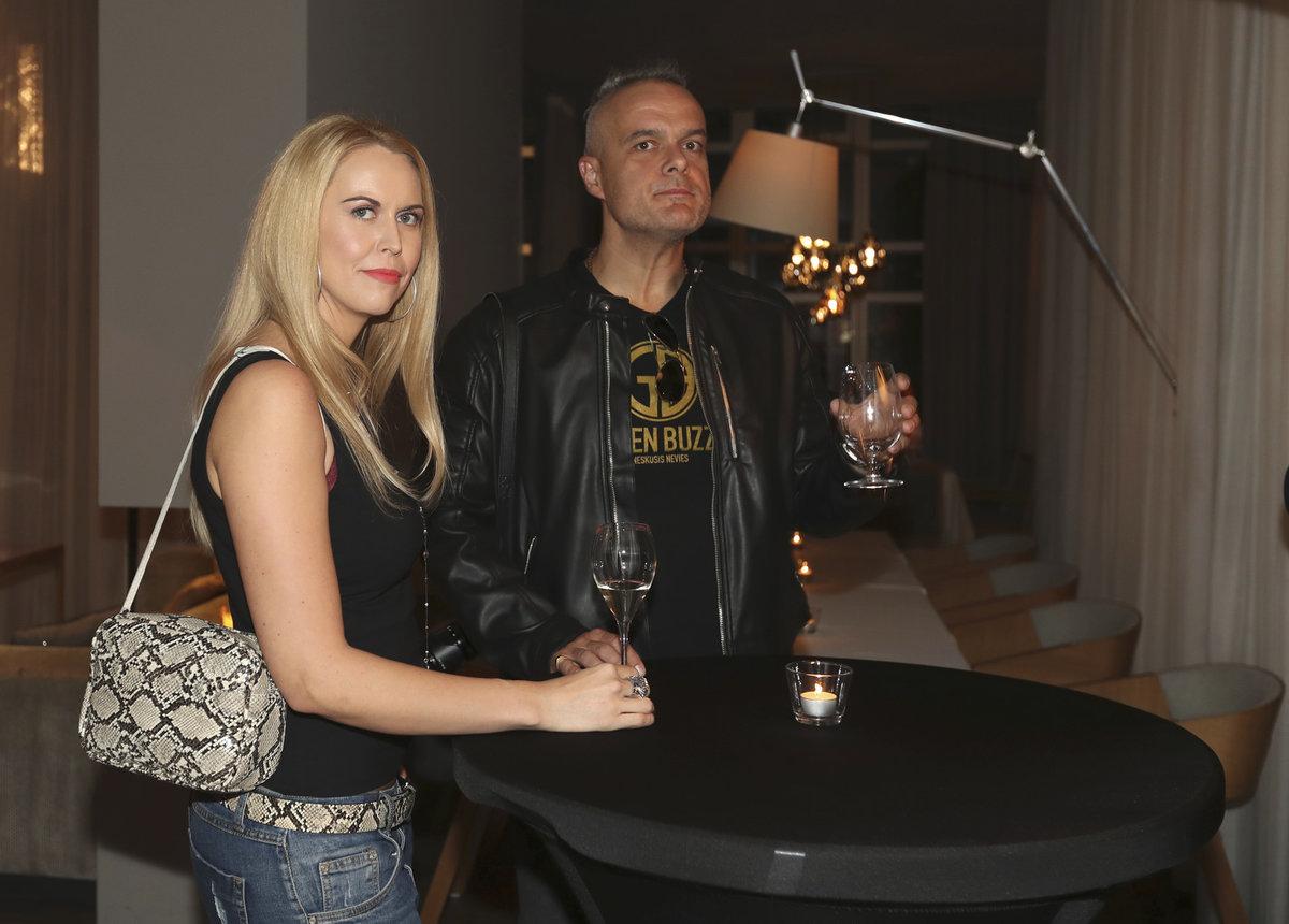 Křest kalendáře Simony Krainové: Jaro Slávik s manželkou