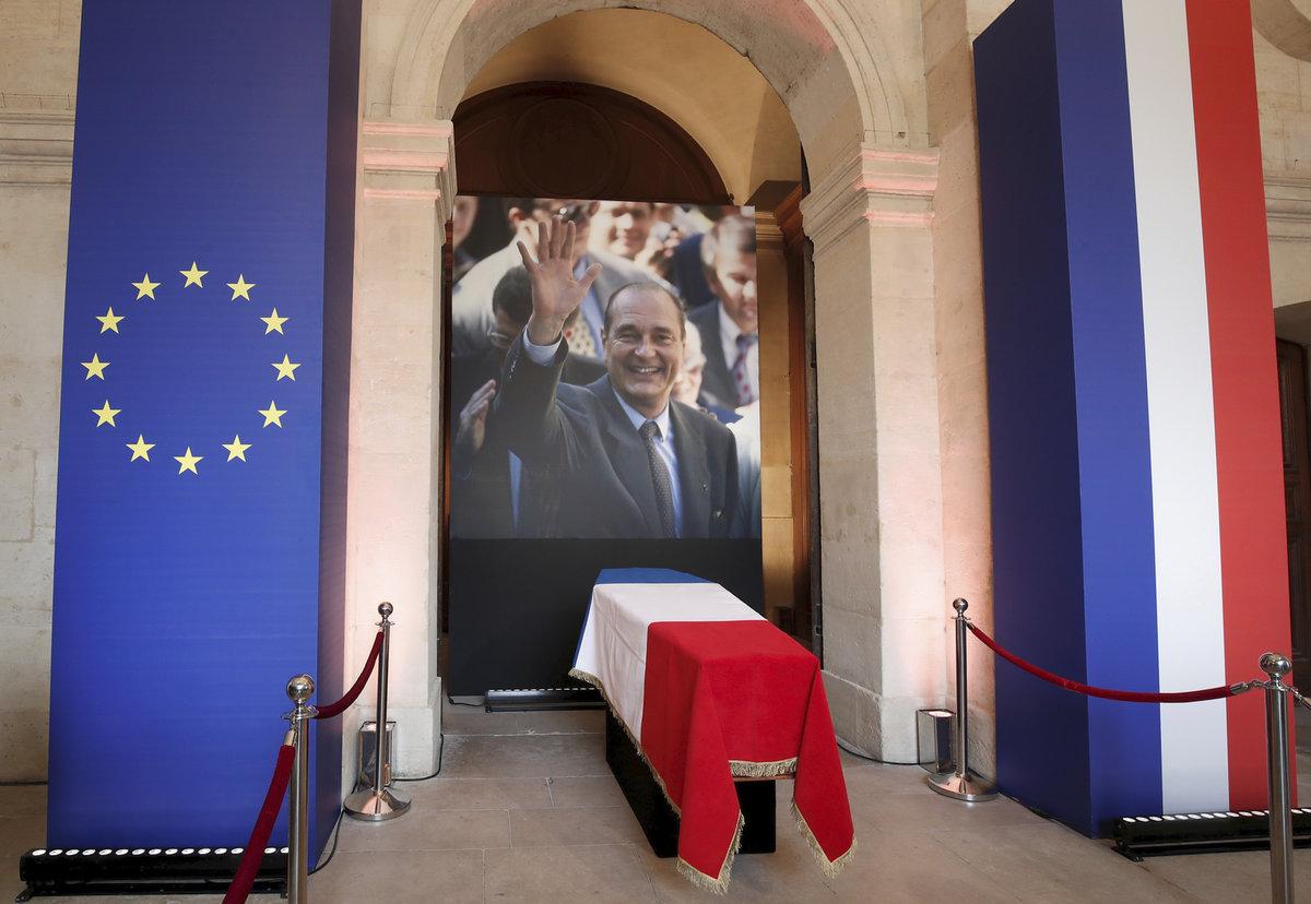 Poslední rozloučení s Jacquesem Chirakem