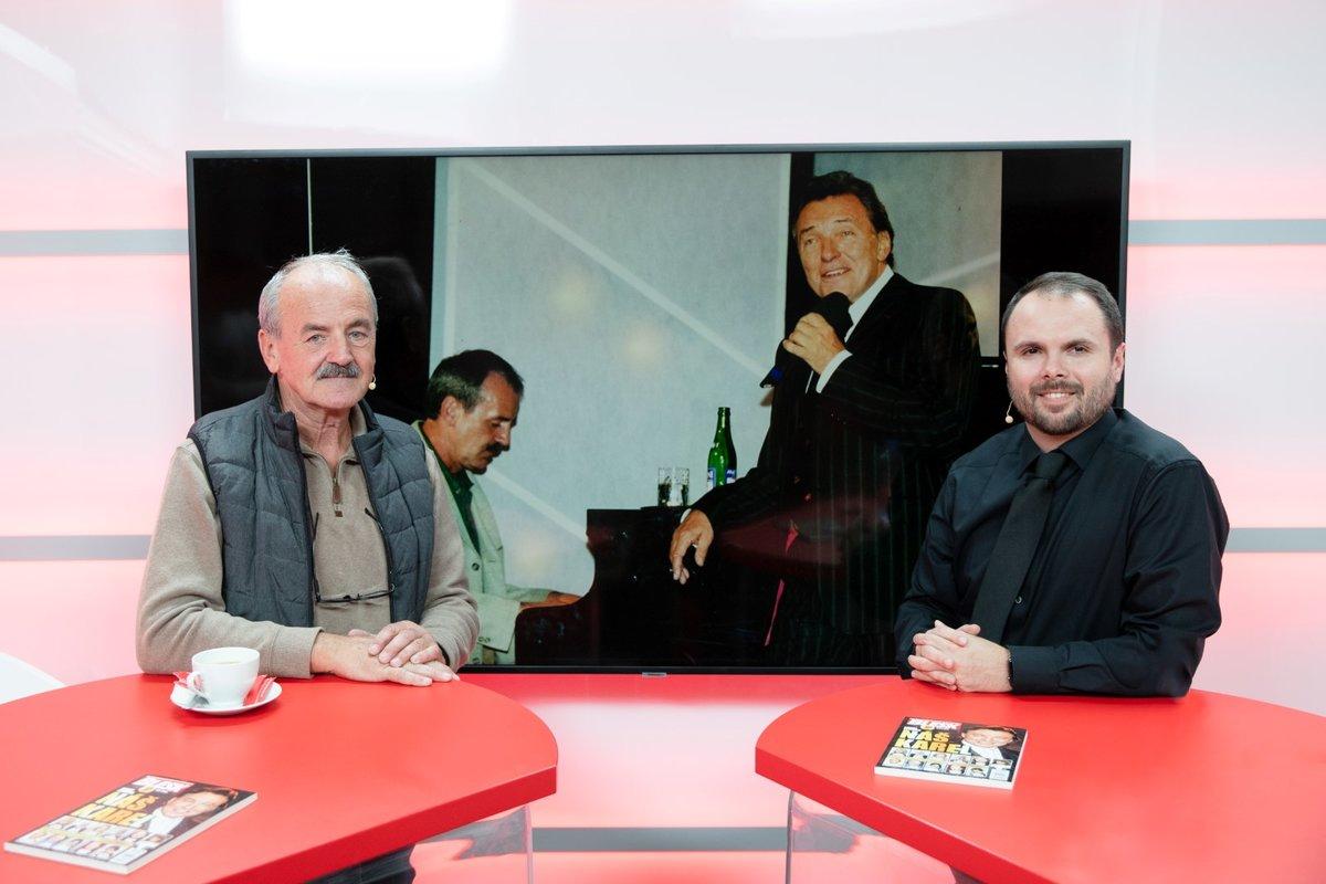 Pavel Větrovec s moderátorem Petrem Mackem ve Studiu Blesk